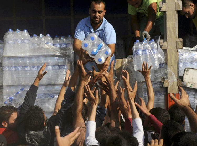 cameron-anuncia-que-el-reino-unido-dara-asilo-a-miles-de-sirios-mas